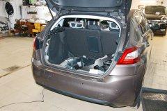 Тонировка и установка датчиков парковки Peugeot 308
