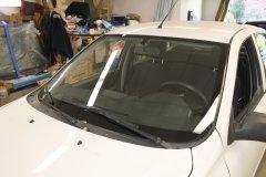 Замена ветрового стекла на Lada Granta
