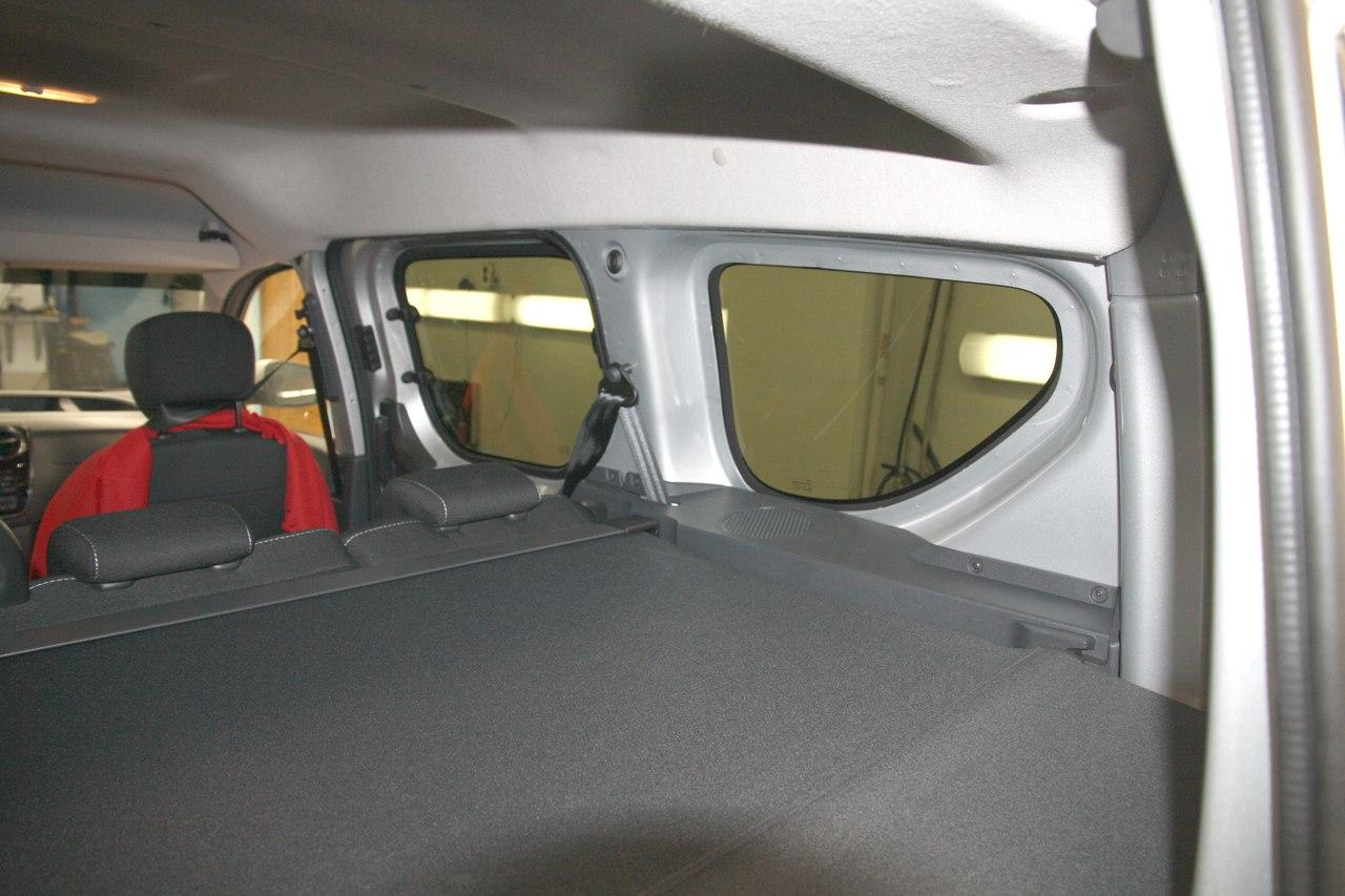 Тонирование стёкол LLumar ATR-05 на Renault Dokker 2018