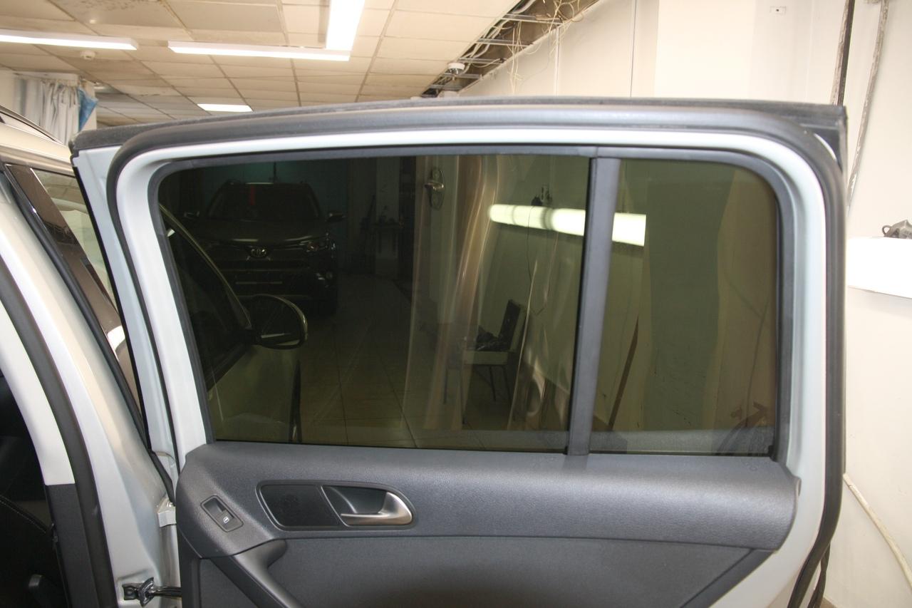 Тонирование стёкол LLumar ATR-05 на VW Tiguan