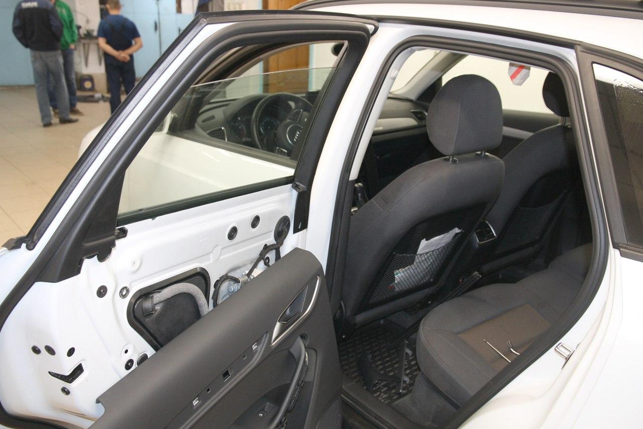 Тонирование стёкол LLumar ATR-15 на Audi Q3