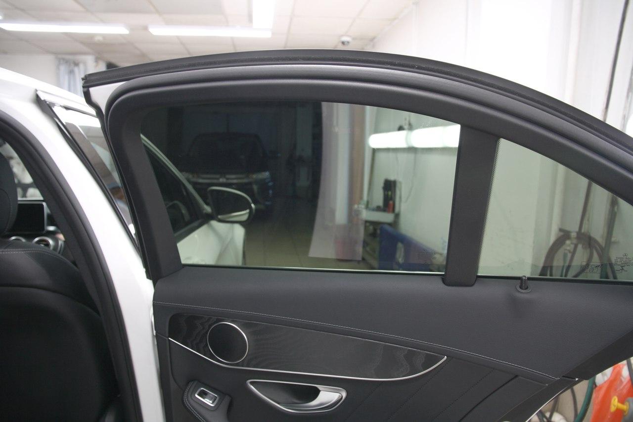 Тонирование стёкол LLumar ATR на Mercedes-Benz С класс