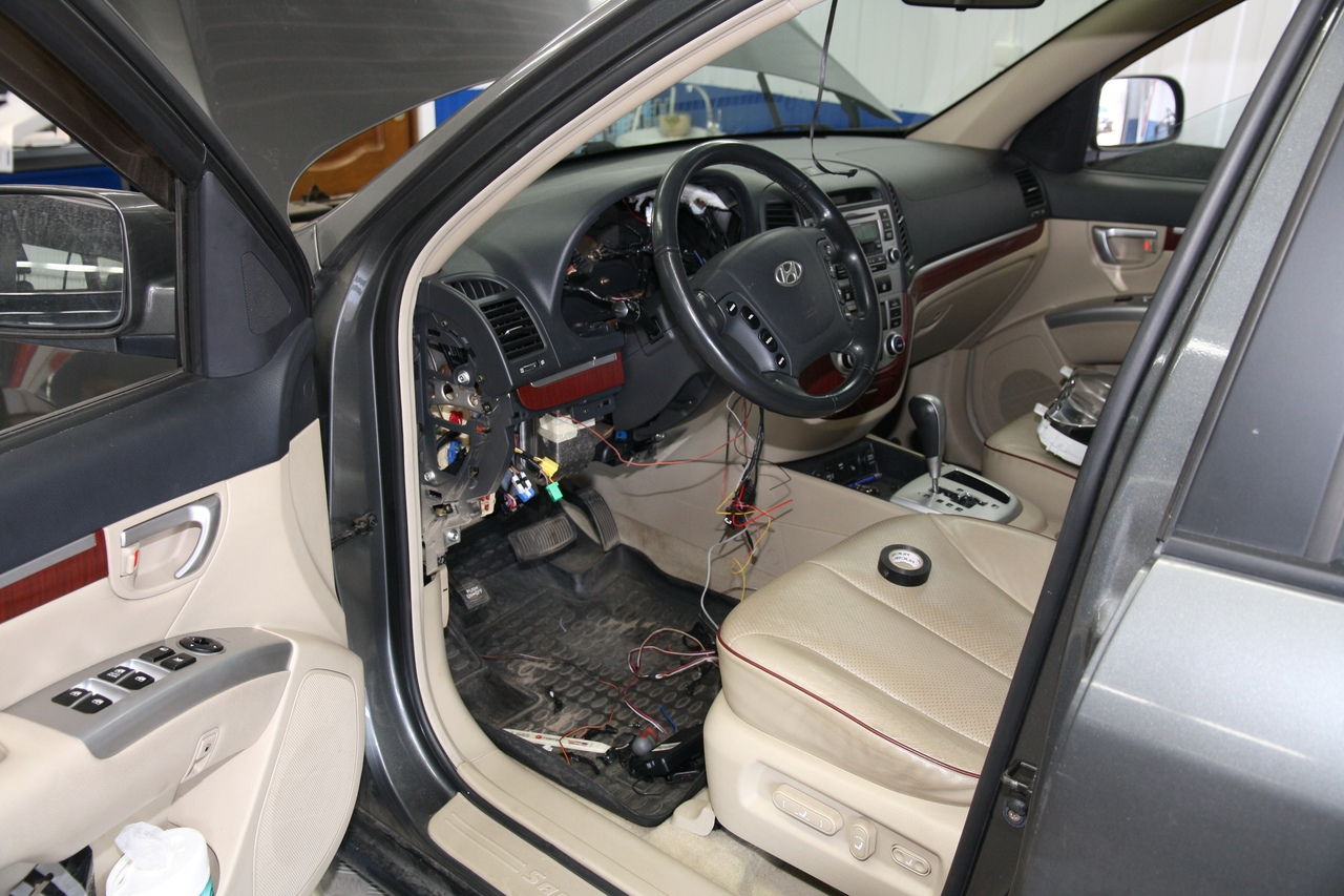 Установка сигнализации StarLine A93 на Hyundai Santa Fe
