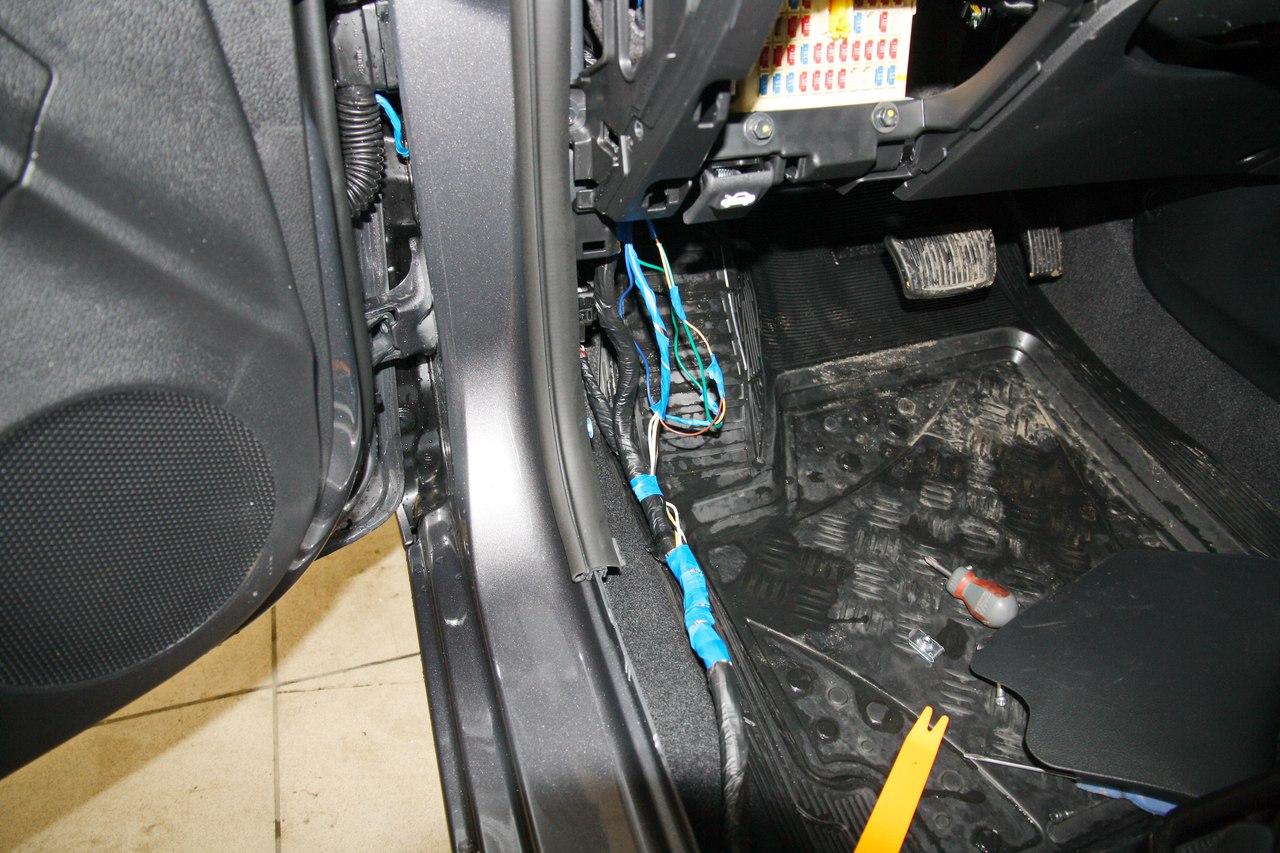 Демонтаж и установка сигнализации Starline A93 2can-lin на Kia Rio