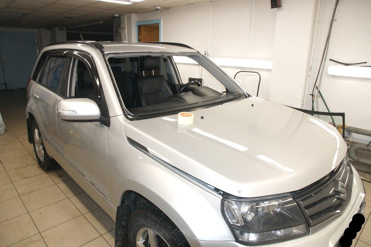 Вклейка ветрового стекла AGC на Suzuki Grand Vitara